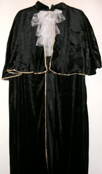 FULL LENGTH VENETIAN STYLE CLOAK / CAPE PLUS HAT
